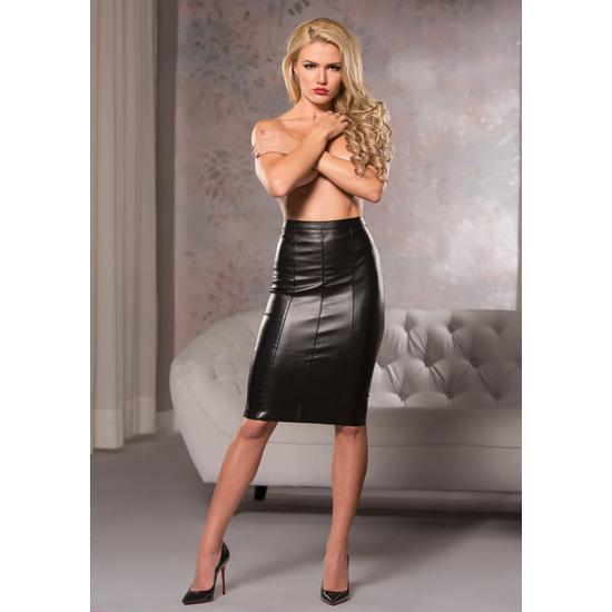Comprar FAUX LEATHER KNEE LENGTH SKIRT ALLURE LINGERIE Disfruta de nuestro amplio catalogo en de lencería erótica y sexy en su apartado de faldas eróticas, con las marcas más innovadoras y sugerentes. Productos de lencería fina de gran calidad y los diseños más atrevidos y excitantes para sorprender a tu pareja en una noche especial.